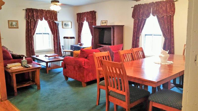 gran salón abierto y comedor
