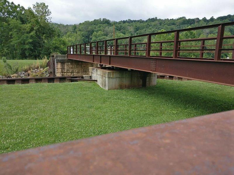 Ponticello del piede per bloccare 7, McConnelsville, Ohio