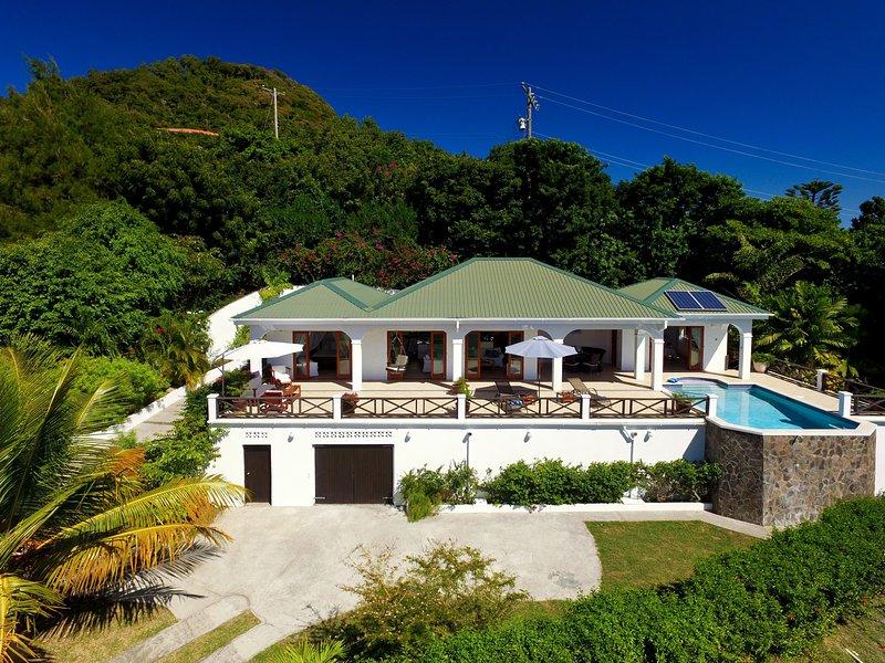 Tamarind Villa, vacation rental in Belmont
