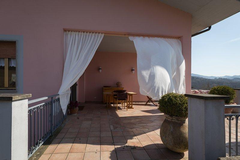Dima's house,una vacanza in Lunigiana con vista sulle Apuane, alquiler vacacional en Moncigoli