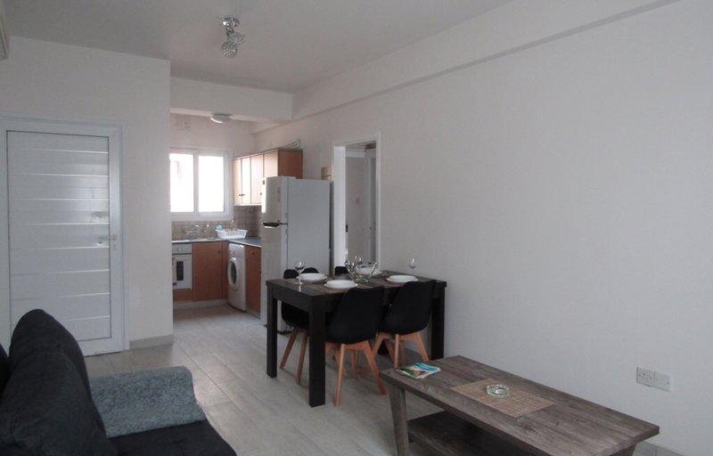 Salón abierto del plan y la cocina