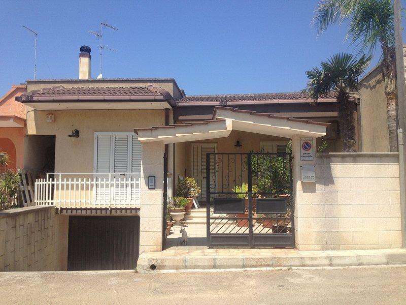 Villa Giada a Torre Lapillo, holiday rental in Villaggio Boncore