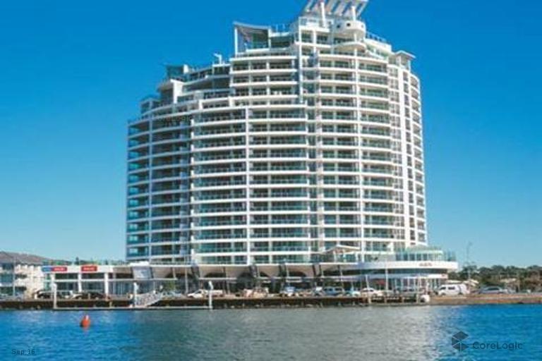 Aqua 5-Star Luxury Apartments