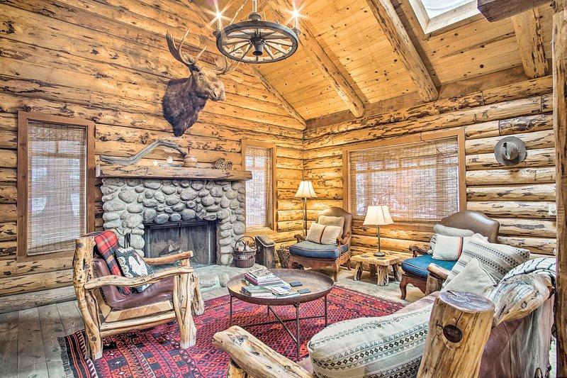Iniziate la vostra San Jacinto Mountain Retreat a questa casa vacanza in affitto Idyllwild.