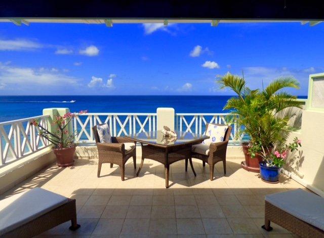 Sun Sea en een zonnebank zijn paradijs!