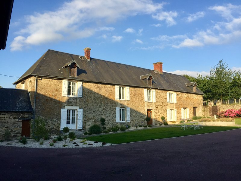 Le Pressoir de Grand Pere, vacation rental in Saint-Jean-le-Blanc