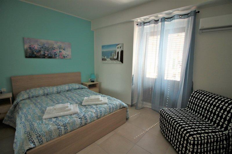 B&B La Rosatea Blue Room, holiday rental in Monreale