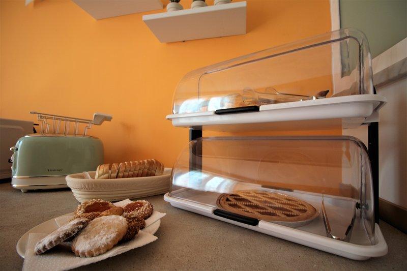B&B La Rosatea Green Panoramic Room, holiday rental in Pioppo