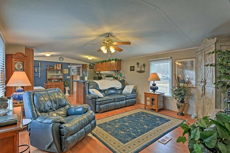 Installez-vous pour une retraite à Grand Lake Grove cette maison de location de vacances!