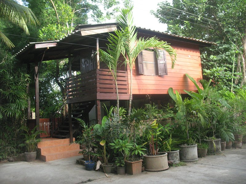 guest house in the palms, holiday rental in Hang Dong