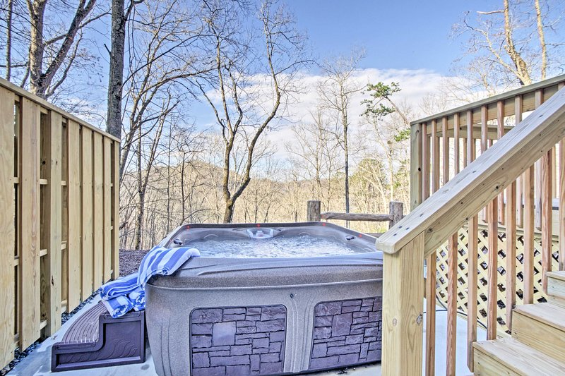 Enjoy uninterrupted solitude and unobstructed scenery from your private hot tub.