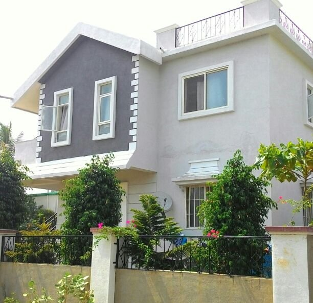 Bougainvilla Service Apartment, holiday rental in Vagholi