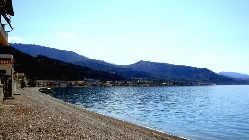 Sea view Amfitriti, alquiler de vacaciones en Trikala