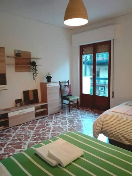 Living-bedroom Bedroom-Living Room 2