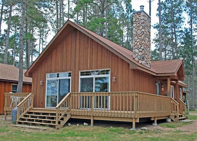 Maple - Elbert's - Hiller Vacation Homes - Free WIFI, holiday rental in Lake Tomahawk