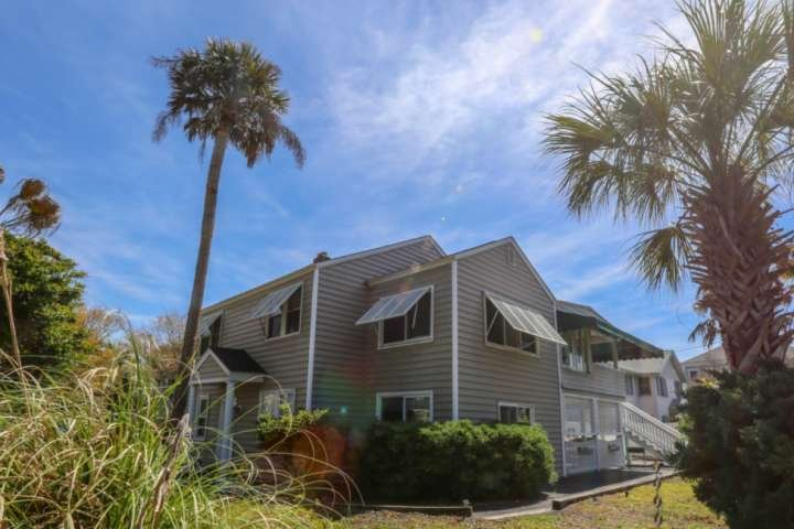 Palm Up is located on the upper level of this Isle of Palms house.
