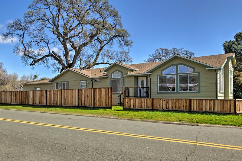 This Clearlake Oaks home offers fun for the whole family.