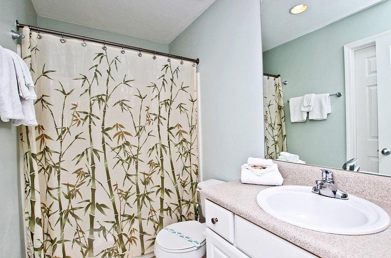 Hal Guest Bathroom