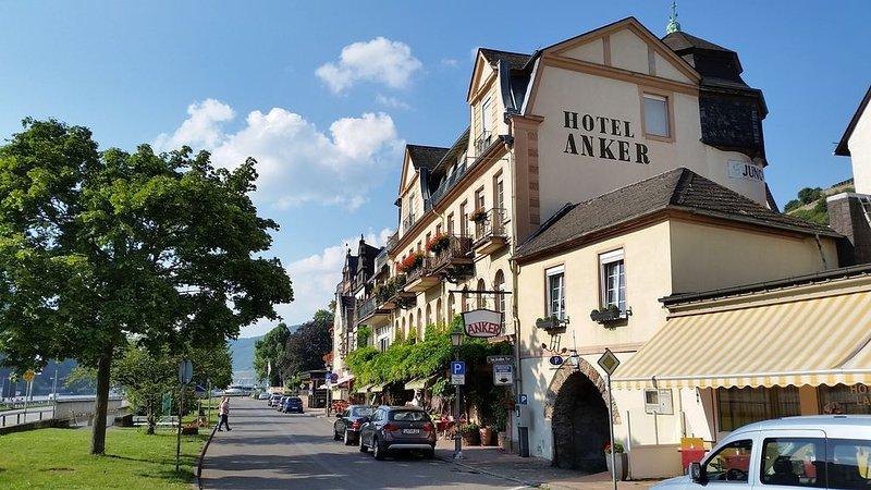 Eismauer Suite, Ferienwohnung in Grolsheim