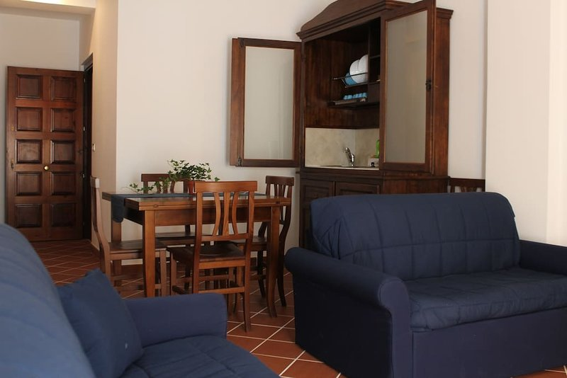 Nice apartment with garden & Wifi, holiday rental in Nicolosi