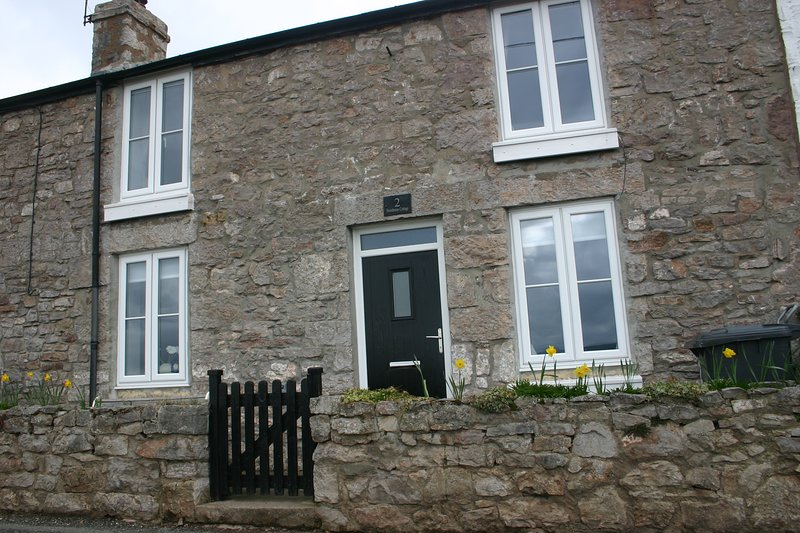 Front of Storehouse cottage