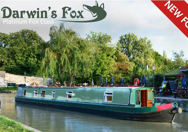 Five Star Narrowboat on the Kennet and Avon Canal for self drive hire., vacation rental in Lacock