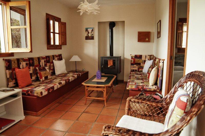 CASA MONTECOTE Eco Resort, Apartamento familiar (4) al lado de la la piscina, location de vacances à Vejer de la Frontera