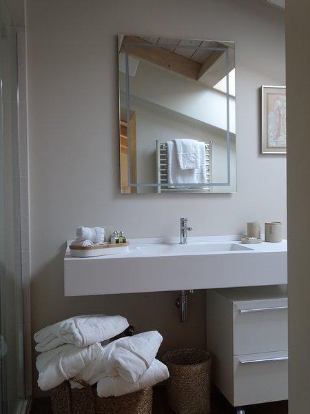 The Family Room en-suite Bathroom