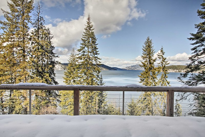 Explore the beauty of Harrison at this vacation rental home!