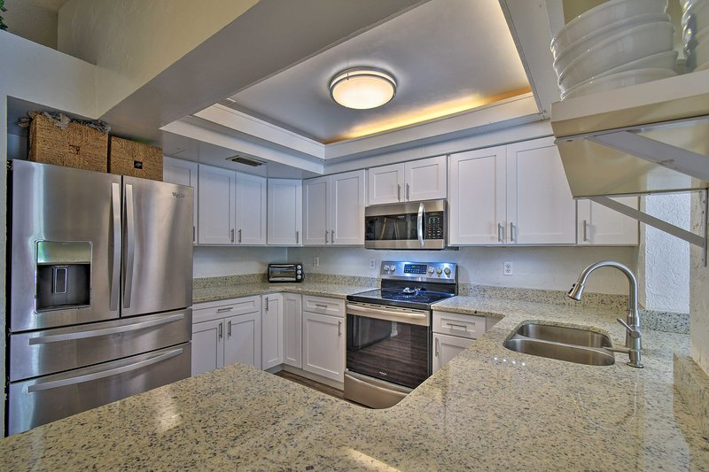 Your chef will enjoy the ample counter space!