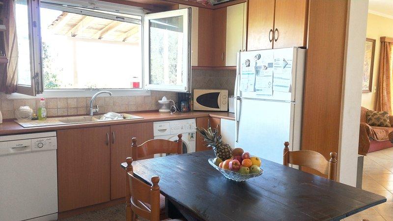 Summer Cottage, holiday rental in Mouzaki