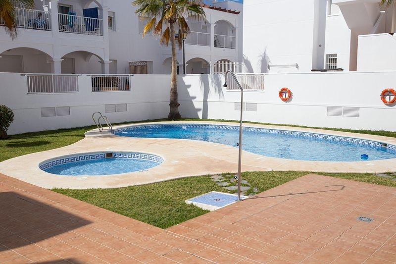 3 Bedroom Apartment near golf course and beach, Mojacar playa, holiday rental in Mojacar Playa