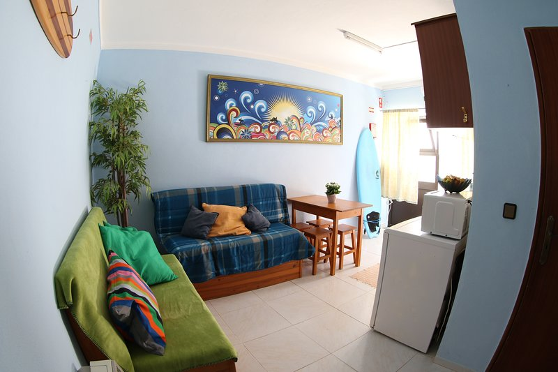 Apartment with fully equipped kitchen, private bathroom and one bedroom (max. capacity 4 people).