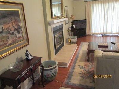 Vistas del salón 1, TV por cable y FireTV por Amazon