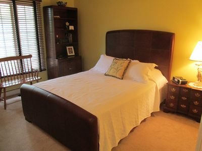# 2 dormitorios de matrimonio, con baño de conexión y espacio de almacenamiento