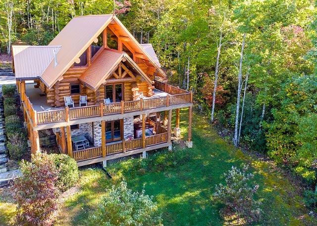'A CUT ABOVE' Luxury Cabin