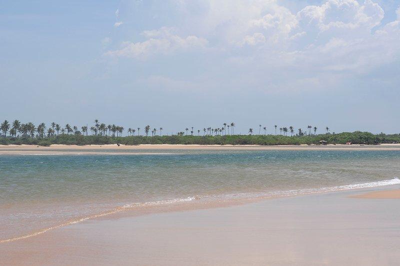 Linda casa de praia no Litoral Norte da Bahia., location de vacances à Jenipabu