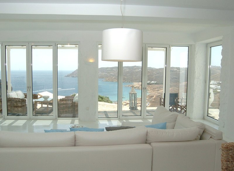 Luxurious Villa in Elia, Mykonos, holiday rental in Elia