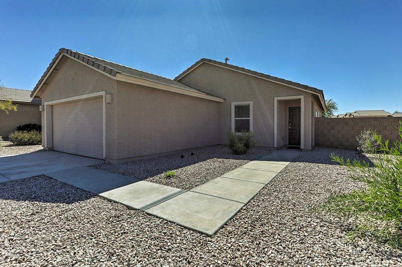 Bienvenido a su casa de Arizona-fuera-de-hogar que tiene capacidad para 6 huéspedes!