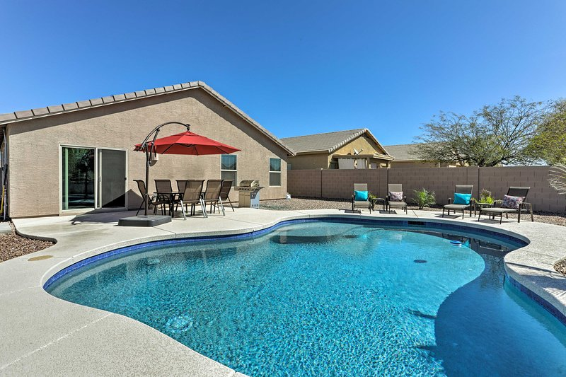 Updated San Tan Valley Escape w/ Backyard Oasis!, vacation rental in San Tan Valley