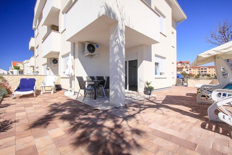 Apartment AS- BLUE, vacation rental in Povljana