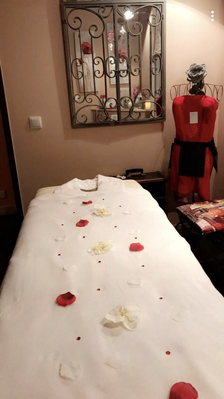 Treatment room and massage on site, price on request