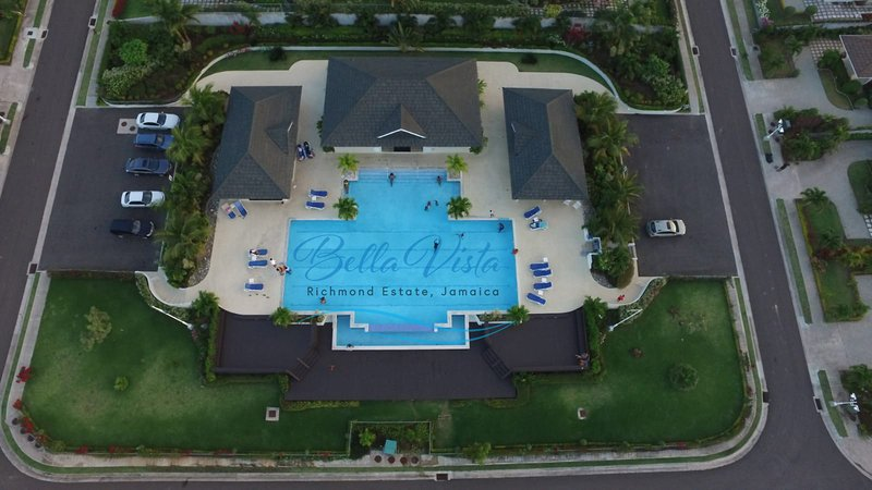 Pool, Clubhouse, Gazebo, Gym