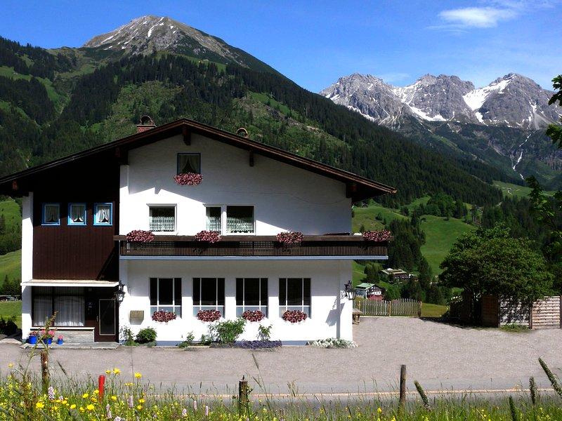Mittelberg Ferienwohnung, vacation rental in Lech