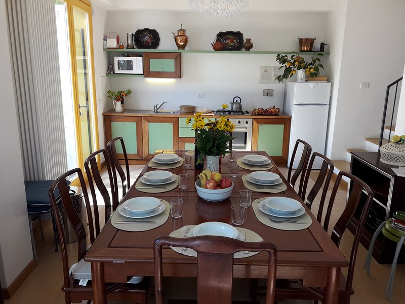 Big house for 12 people in Tuscany. App. TORRE, holiday rental in Trecento