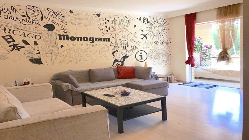 78 sqm cozy apartment in vouliagmeni, vacation rental in Varkiza