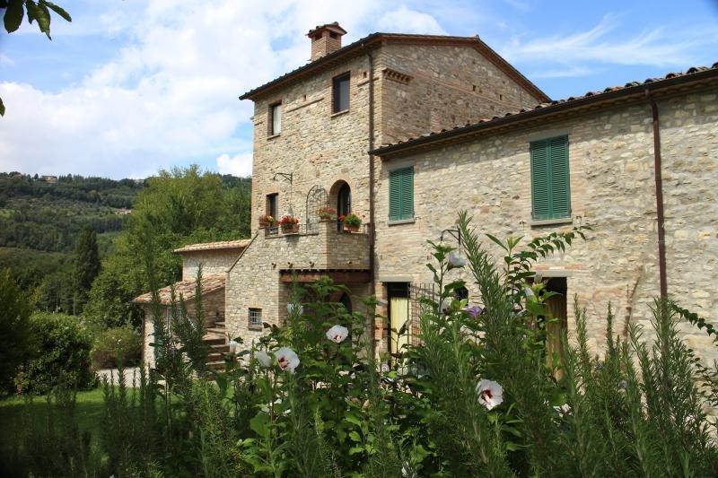 Agriturismo Agricola Caicucci - La Loggia, holiday rental in Montone