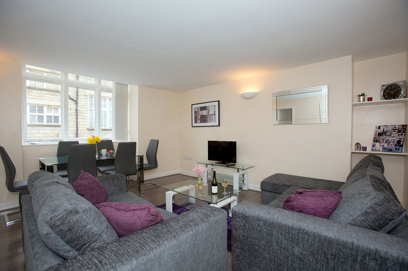 Harrogate Star Luxury Apartment Family Vacation, Business trip, relax and enjoy, location de vacances à Killinghall