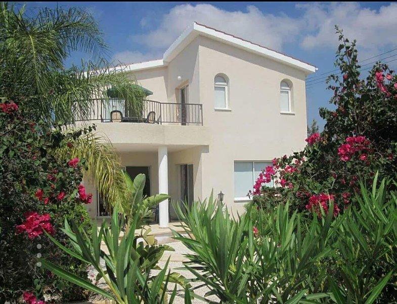 Villa Anthiana -Coral Bay, aluguéis de temporada em Coral Bay