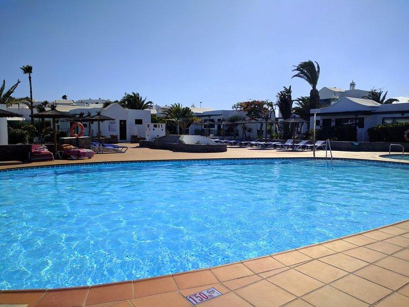 Beautiful bungalow on Playa Park, close to San Antonio Hotel, Avenida Francia., Ferienwohnung in Lanzarote